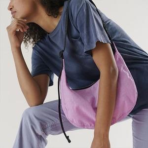 Где искать идеальную нейлоновую сумку: 8 марок