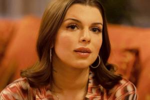 Новое имя: Актриса  с впечатляющей биографией Джулия Фокс