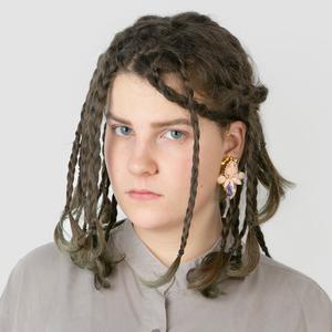 Актриса Лиза Дезен о весёлом макияже и любимой косметике