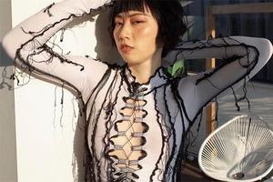 На кого подписаться: Бренд Matacomplex, выпускающий чувственные топы и платья со шнуровкой