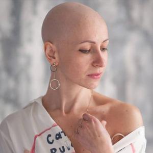 «Ни с того ни с сего начал расти живот»: У меня диагностировали рак яичника