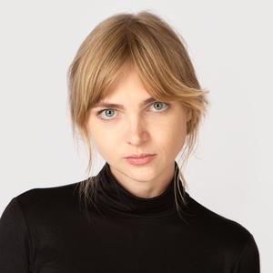SMM-специалист Виктория Скуйбедина о странных интересах и любимой косметике