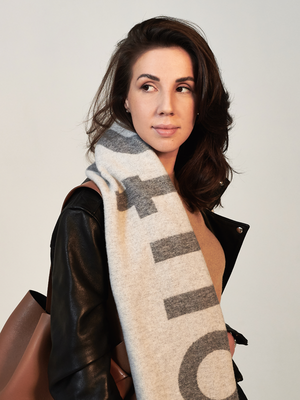 Дизайнер и основательница студии Aiya Design Айя Лисова о любимых нарядах