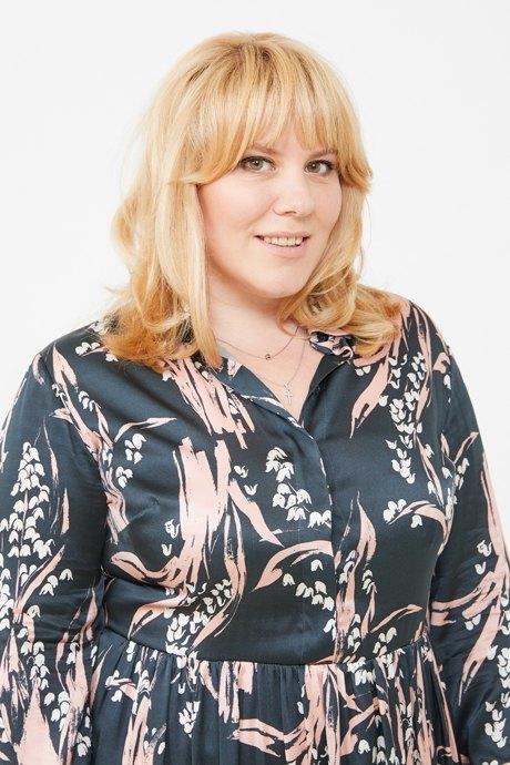 Директор по маркетингу «Эконика» Ирина Зуева о любимых нарядах. Изображение № 3.