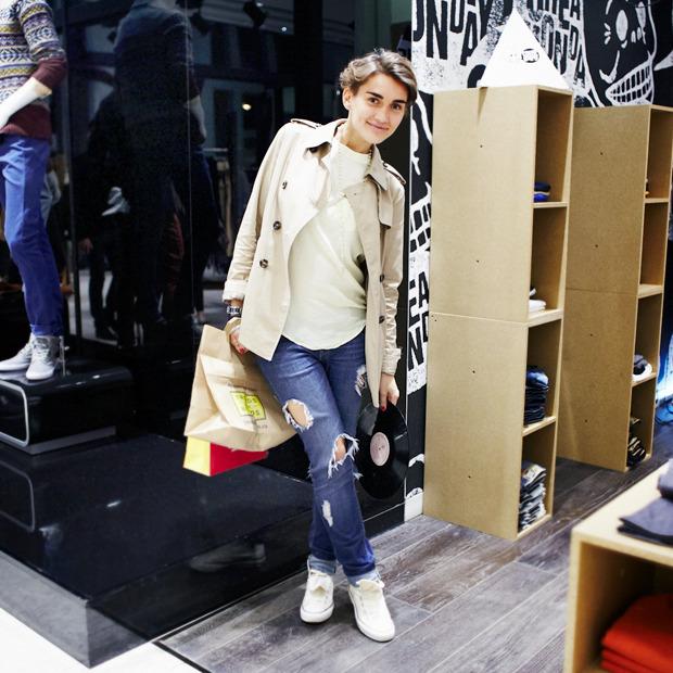 Грош цена: Люди на Fashion's Night Out о самых выгодных покупках. Изображение № 27.