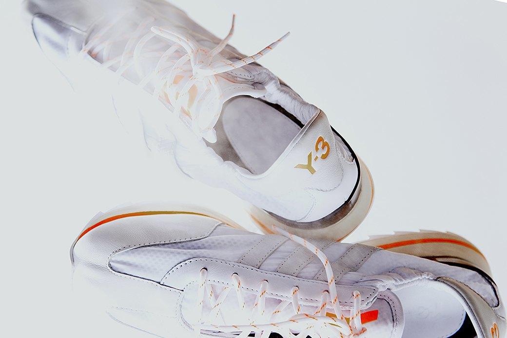 Ревизия:  Белые кроссовки. Изображение № 4.