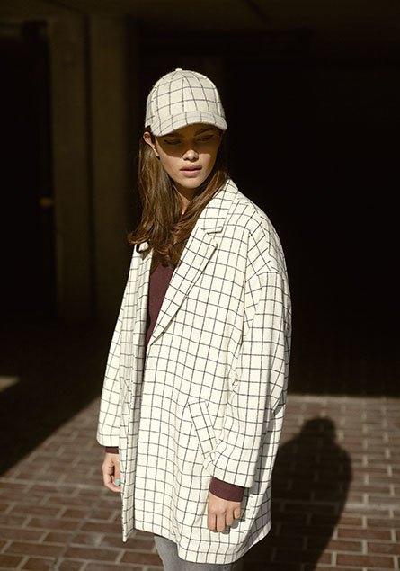 Модель: Джена Голдсах (Models1), стиль: Александра Карл, фото: Эрик Вольстрём  . Изображение № 1.