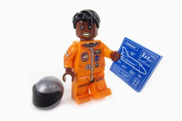 Набор LEGO «Женщины NASA». Изображение № 2.