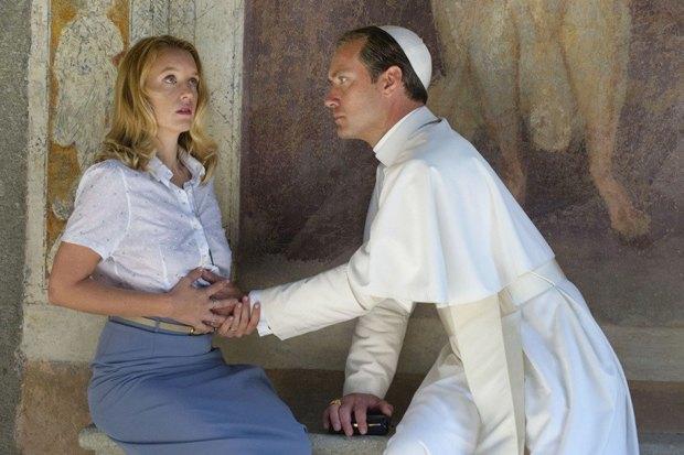 «Молодой папа»: Сериал Соррентино cДжудом Лоу обинтригах вВатикане. Изображение № 8.