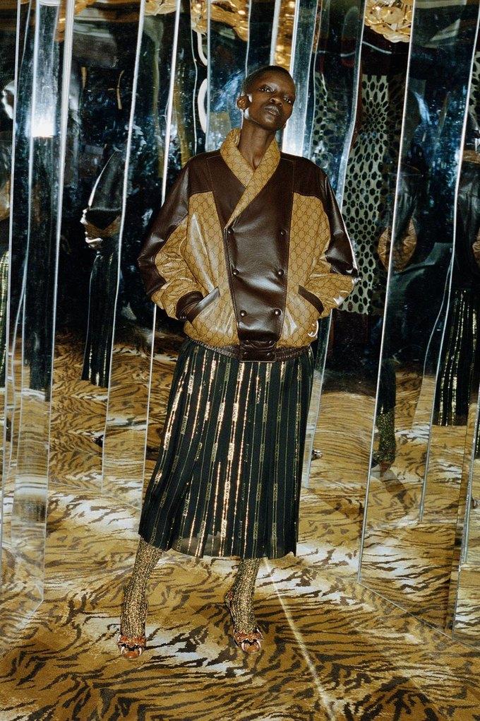 Gucci показали коллаб с дизайнером Дэппер Дэном. Изображение № 9.