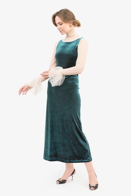 Старший ивент-менеджер Кристина Козырева о любимых нарядах. Изображение № 16.