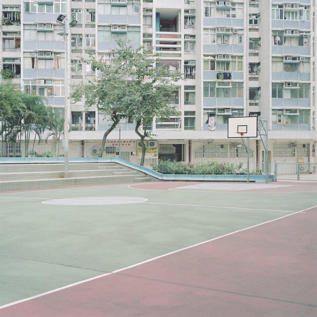 «Courts»: Заброшенные спортплощадки . Изображение № 8.