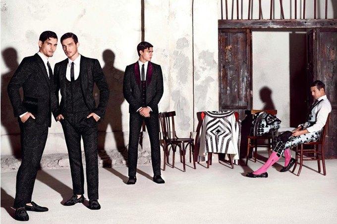 Бабушки и тореадор  в новой рекламе  Dolce & Gabbana. Изображение № 2.