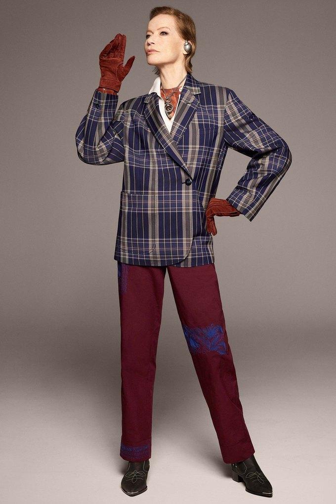 В лукбуке Acne Studios снялась 78-летняя супермодель Верушка. Изображение № 9.