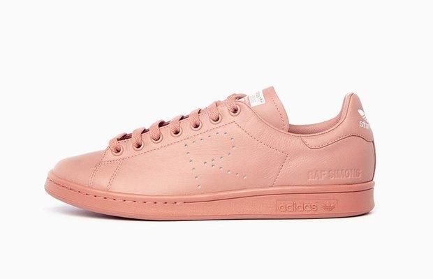Раф Симонс сделал редизайн кроссовок  Stan Smith. Изображение № 6.