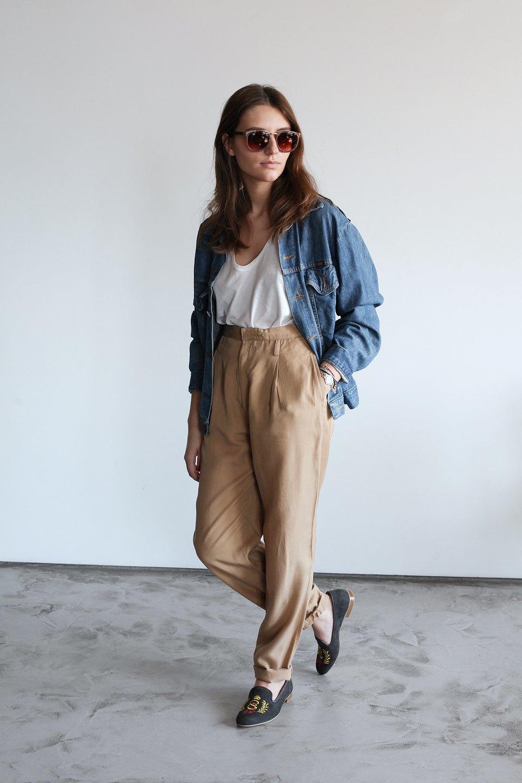 Гардероб: Катя Бутко, блогер и создатель  винтажного магазина. Изображение № 26.