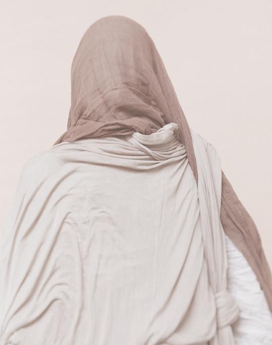«Снимите это немедленно»: Всё, что вы хотели знать о хиджабе. Изображение № 20.