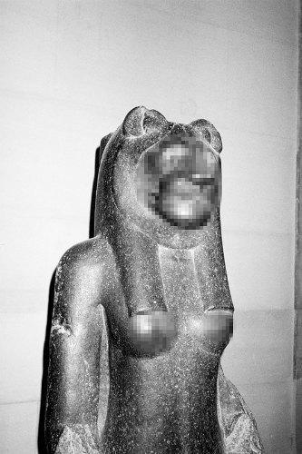 Питер Кааден адаптировал статуи к моральным принципам Facebook. Изображение № 12.