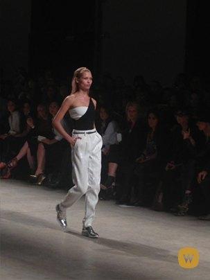 Прямой репортаж  с Paris Fashion Week:  День 3. Изображение № 2.