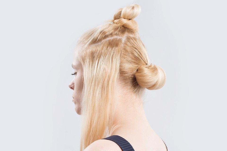 5 высоких летних причесок для длинных волос. Изображение № 21.