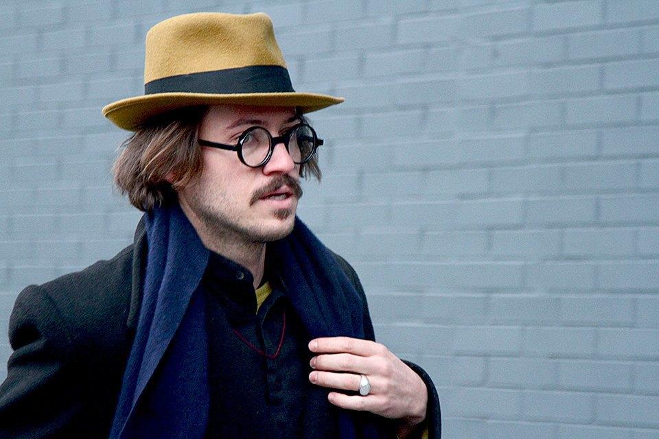 Стритстайл: Что носят на Нью-Йоркской неделе моды. Изображение № 13.