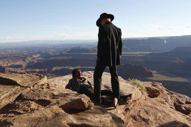 Сериал Нолана «Westworld»: Россыпь звёзд и роботы на Диком Западе. Изображение № 2.