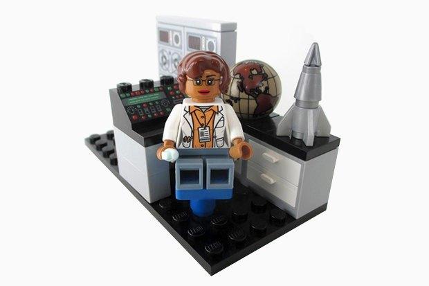 Набор LEGO «Женщины NASA». Изображение № 6.