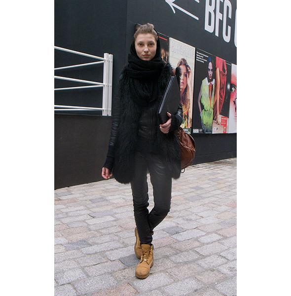 London Fashion Week: день первый — луки. Изображение № 21.