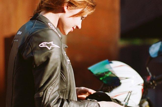 Я и друг мой мотоцикл: Девушки о мотоспорте  и своих байках. Изображение № 29.