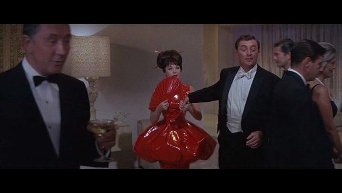Что можно узнать о стиле  из комедии 60-х  «Что за путь!». Изображение № 16.