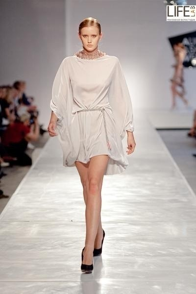 Aurora Fashion Week 2011: итальянский десант. Изображение № 2.