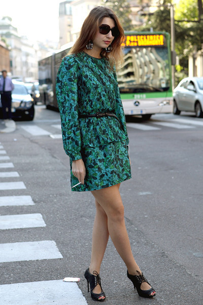 Milan Fashion Week: Уличный стиль, день 2. Изображение № 7.