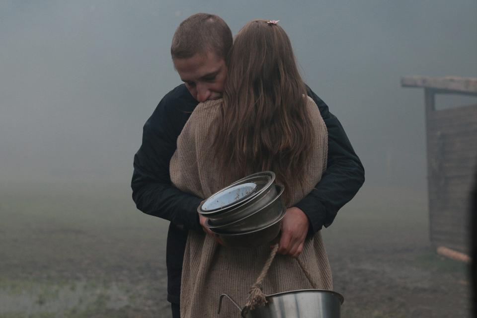 «Мне перестали сниться кошмары»: Наталия Мещанинова о работе режиссёром и детских травмах. Изображение № 4.