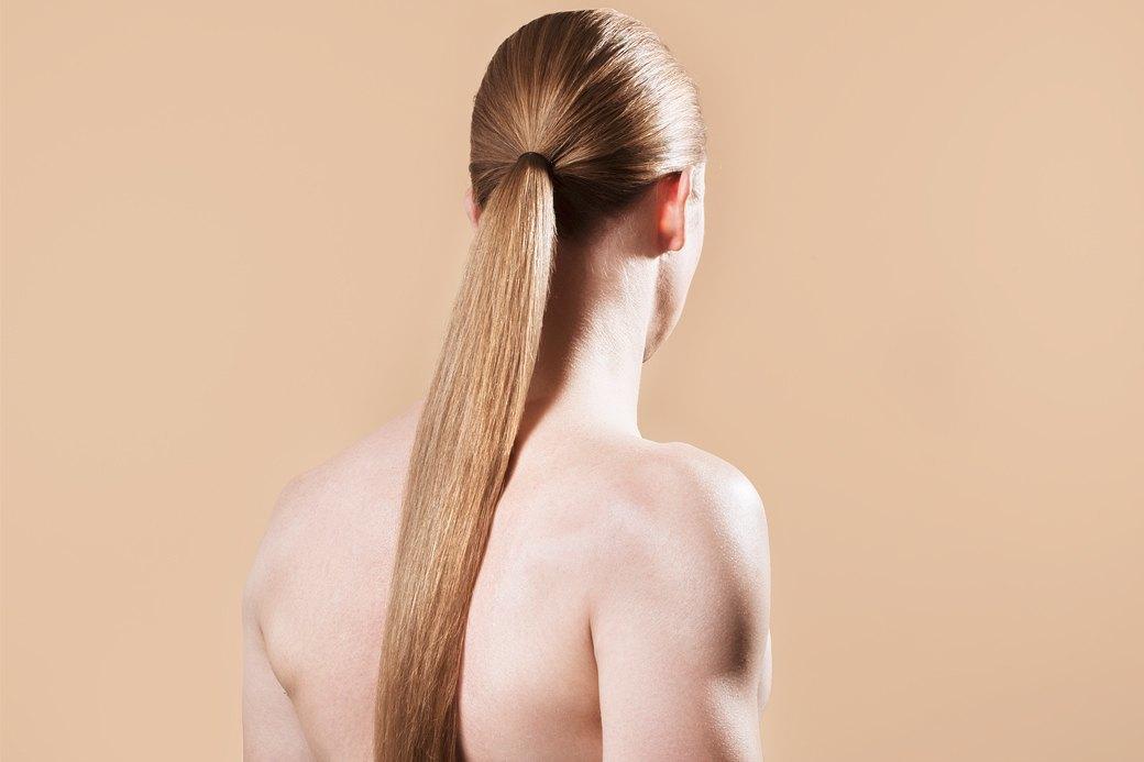 5 причесок под шапку для длинных волос. Изображение № 2.
