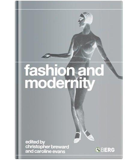 Советский стиль и смерть люкса: 8 книг, чтобы начать разбираться в моде. Изображение № 4.