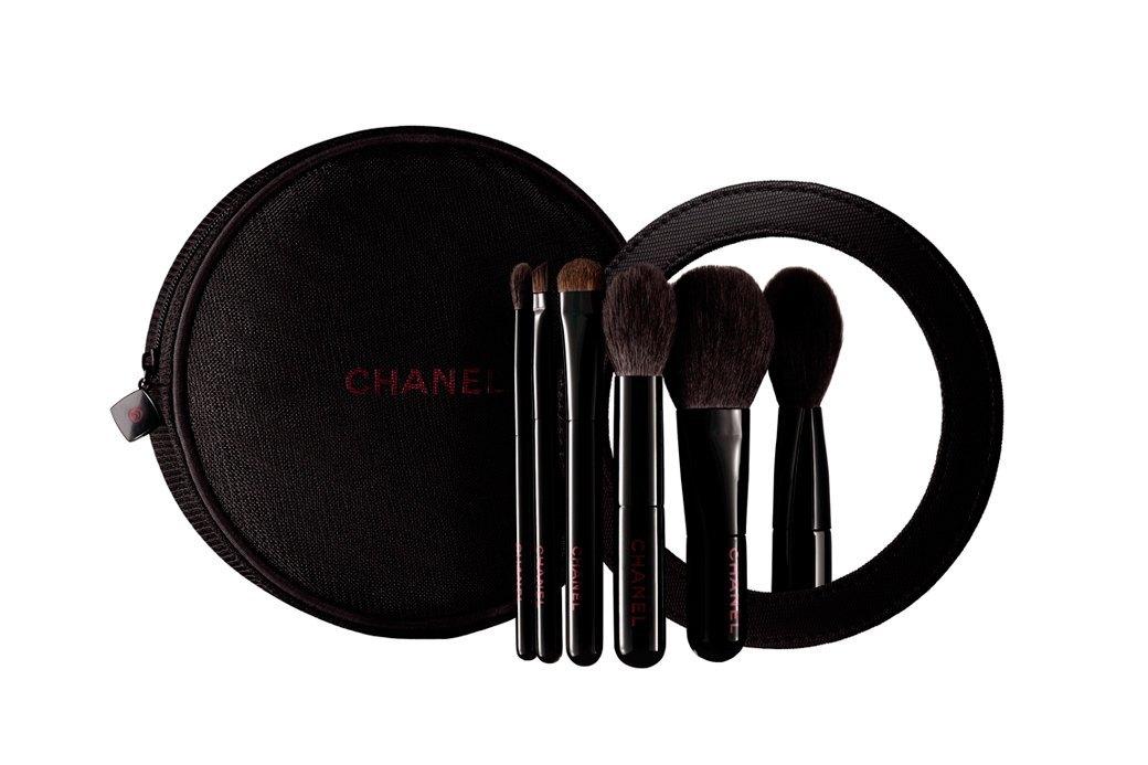 Рождественская коллекция Chanel Rouge Noir Absolument. Изображение № 2.