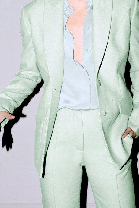 Мятные костюмы  и бархатные платья Trager Delaney. Изображение № 3.
