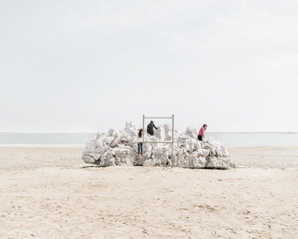 «Познавая мир»: Туристы  в китайской пустыне. Изображение № 3.
