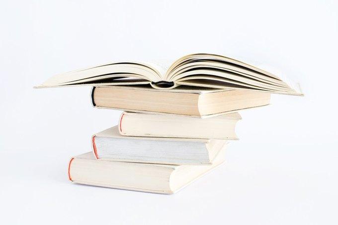 Библиотека на диване: 10 советов, которые помогут читать больше. Изображение № 2.