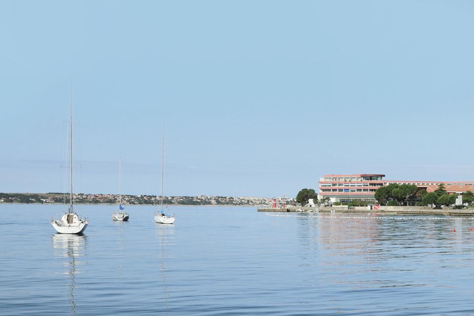 Куда поехать летом: 8 мест для культурно-пляжного отдыха. Изображение № 6.