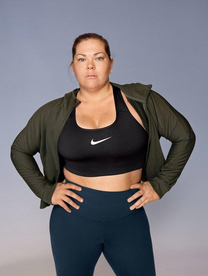 Nike запустили линию спортивной одежды больших размеров. Изображение № 9.