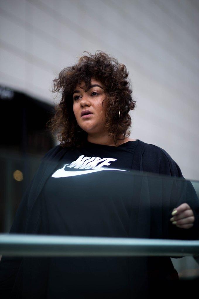 Nike запустили линию спортивной одежды больших размеров. Изображение № 21.