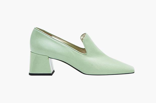 3fa293c73046 От челси до золотых босоножек: 25 пар обуви на весну — Wonderzine
