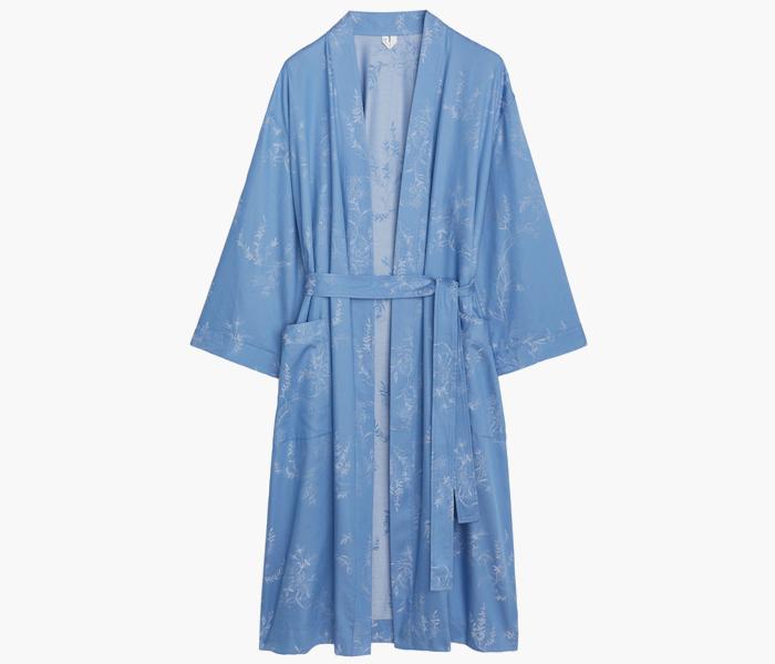 Расслабленный подход: 10 халатов от простых до роскошных. Изображение № 5.