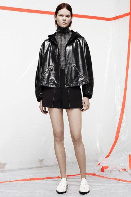 Кожаные толстовки и брюки в коллекции T by Alexander Wang. Изображение № 10.