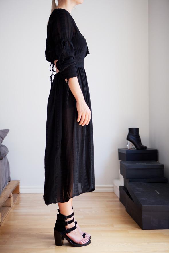 Анна Песонен, младший редактор моды финского журнала SSAW. Изображение № 7.