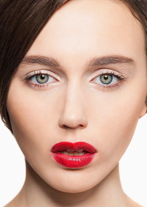 5 вариантов новогоднего макияжа. Изображение № 10.