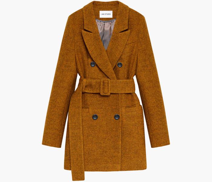 Пальто на осень: 10 тёплых вариантов от простых до роскошных. Изображение № 1.