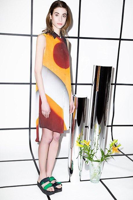 Жакеты и платья с принтами Richards . Изображение № 2.