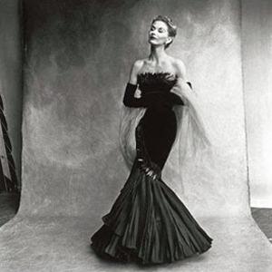 Парижская неделя моды: Показы Chanel, Valentino, Alexander McQueen и Paco Rabanne. Изображение № 31.